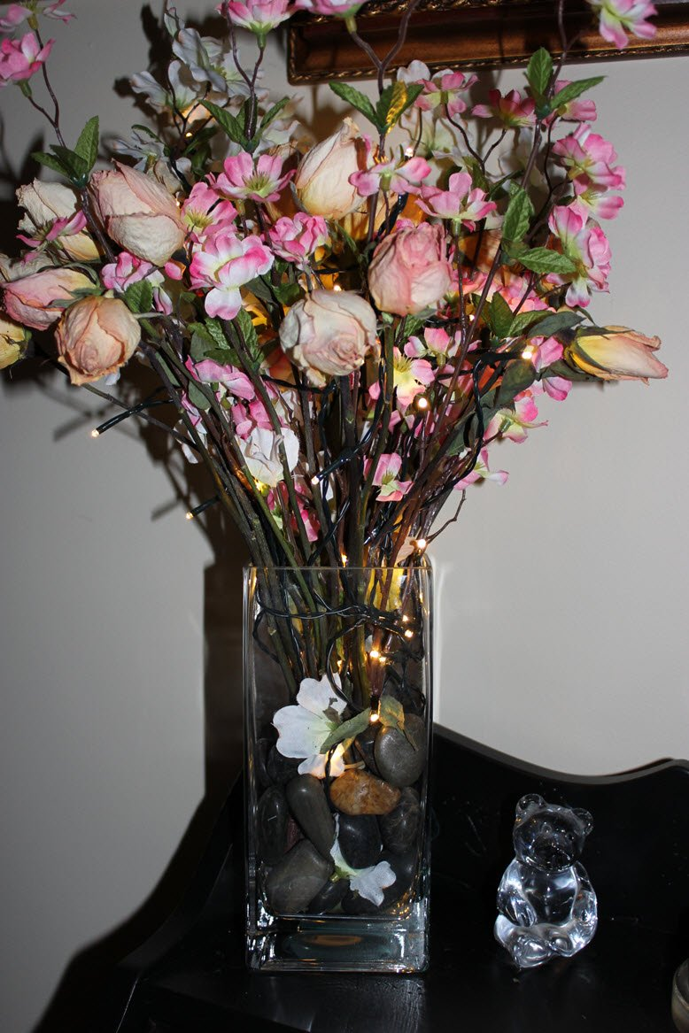 Inexpensive And Easy Way To Create An Elegant Lighted Floral Centerpiece