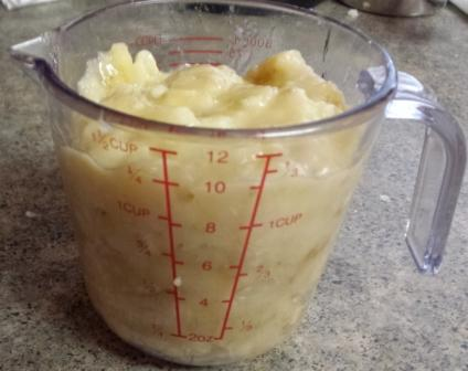 1-1/4 cup mashed bananas