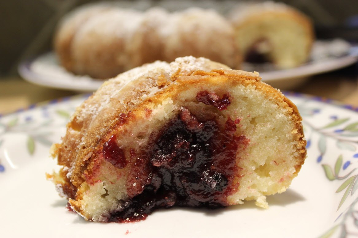 Delicious Black Cherry Sour Cream Coffee Cake Recipe