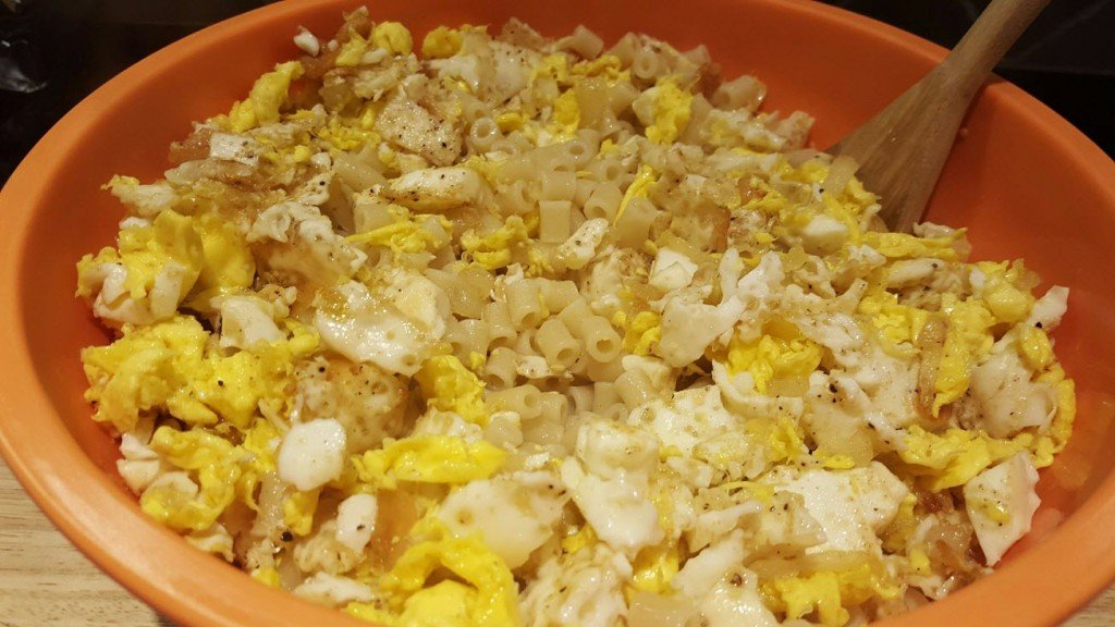 pasta, eggs, onion and garlic in oil recipe