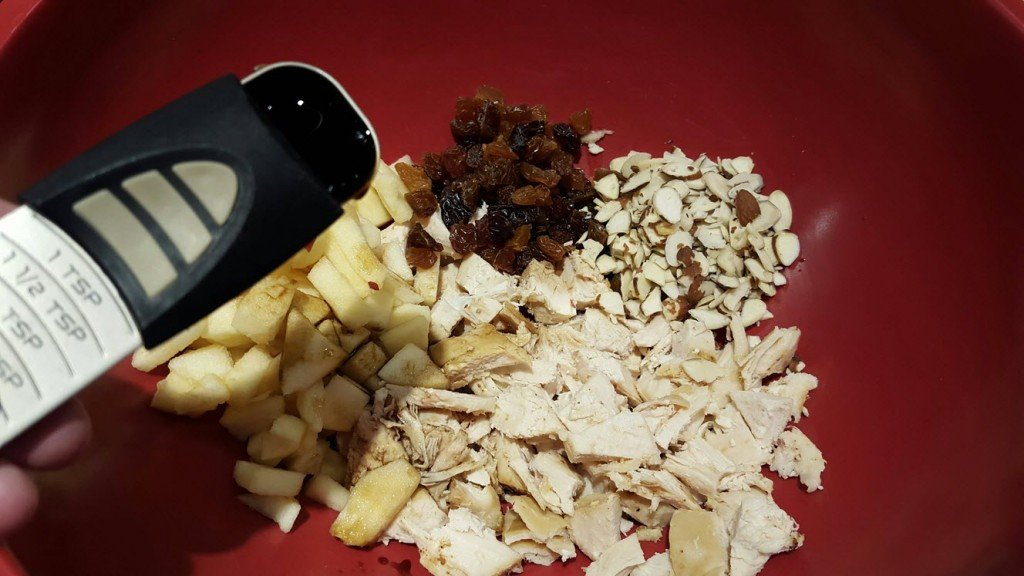 Apple Almond And Raisin Chicken Salad