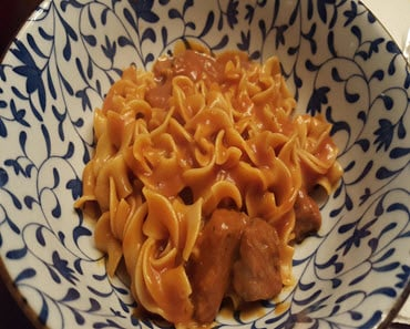 Hungarian Goulash Recipe_Sassy Townhouse Living