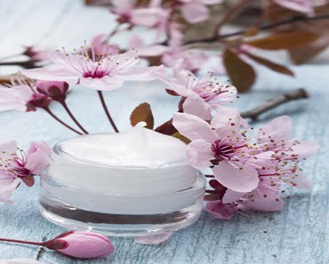 This Is Why You Need Natural And Organic Skincare Solutions