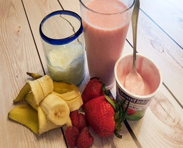 How To Make An Amazing Mixed Berries Banana Smoothie