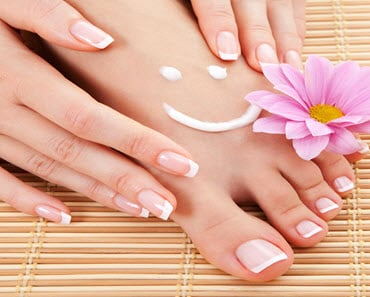 How To Easily Have Beautiful Feet All Summer