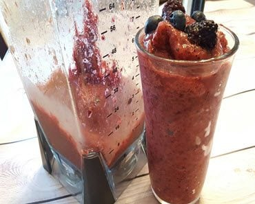 How To Make A Delicious Sugar Free Berry Slushie - SassyTownhouseLiving