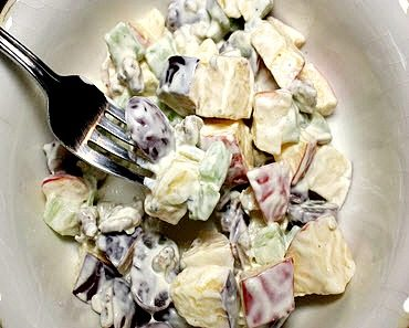 How To Make The Best Classic Waldorf Salad Ever Featured Image