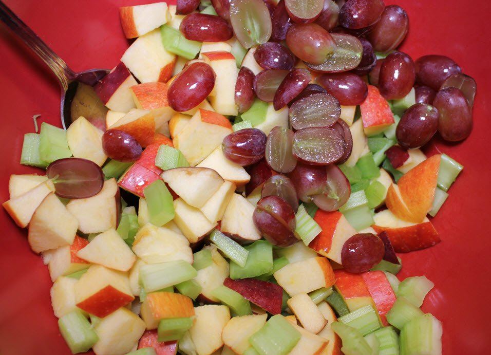 How To Make The Best Classic Waldorf Salad Ever!