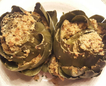 How To Make The Most Delicious Italian Stuffed Artichokes - Sassy Townhouse Living