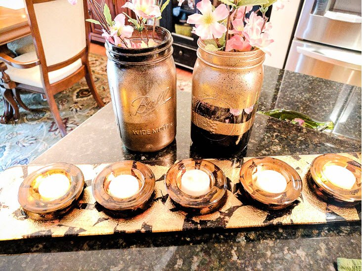 How To Easily Create Chic Black And Gold Mason Jars