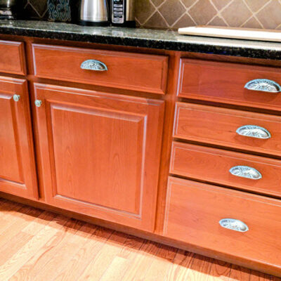 How To Beautify Your Kitchen Cabinets With New Hardware Pulls And Knobs