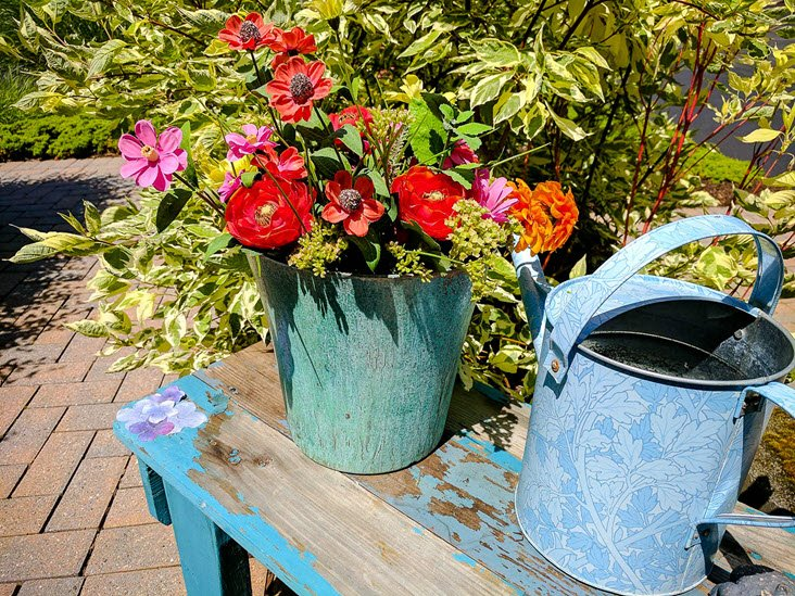 Upcycle plastic flower pots into high end decor - Better homes and gardens flower pots ...