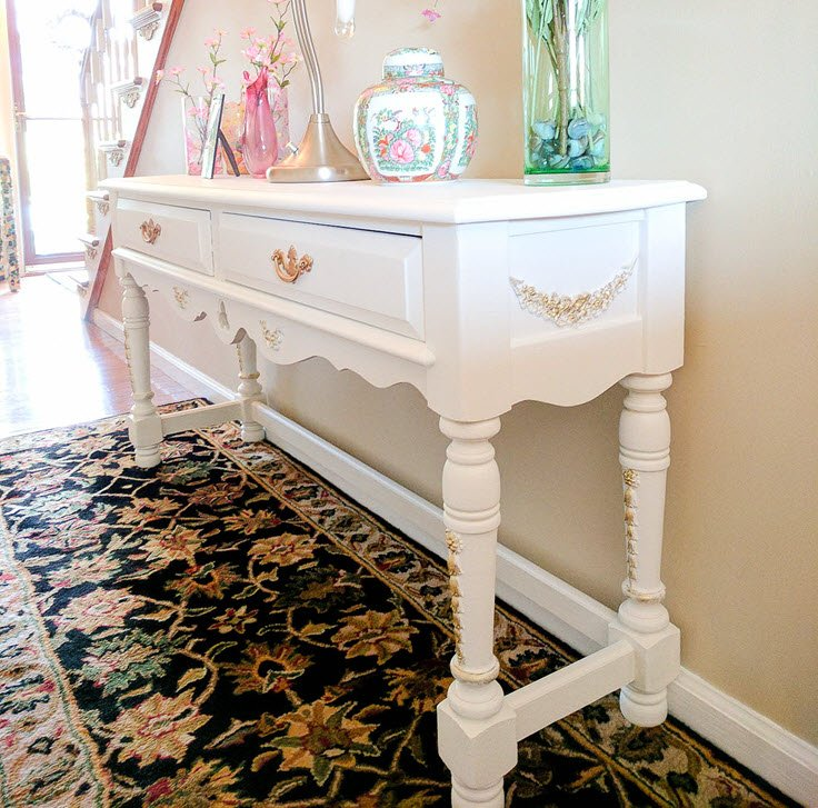 An Old Table Goes From Frightful To Delightful With Fusion Mineral Paint