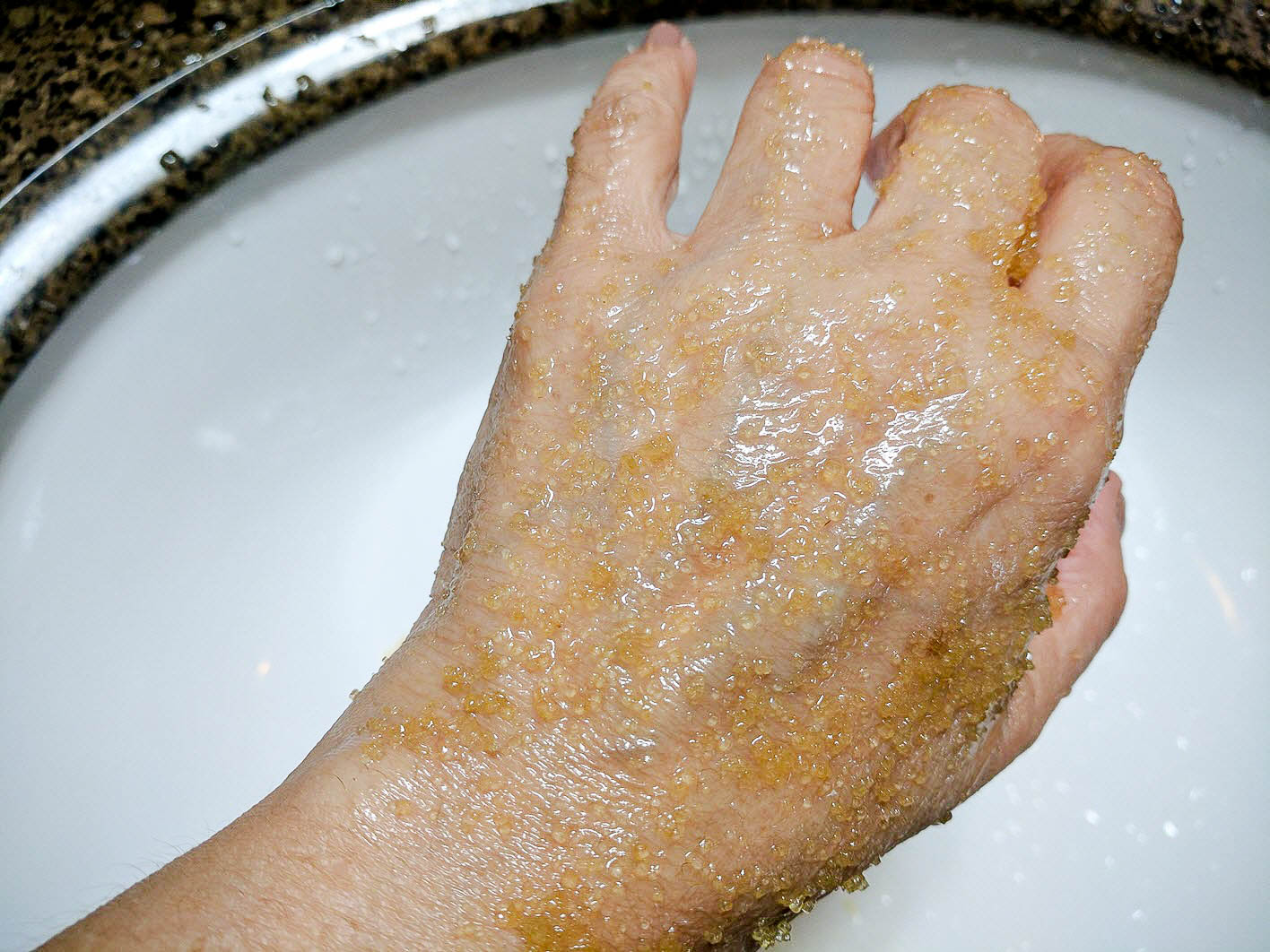 Moisturizing Body Scrub