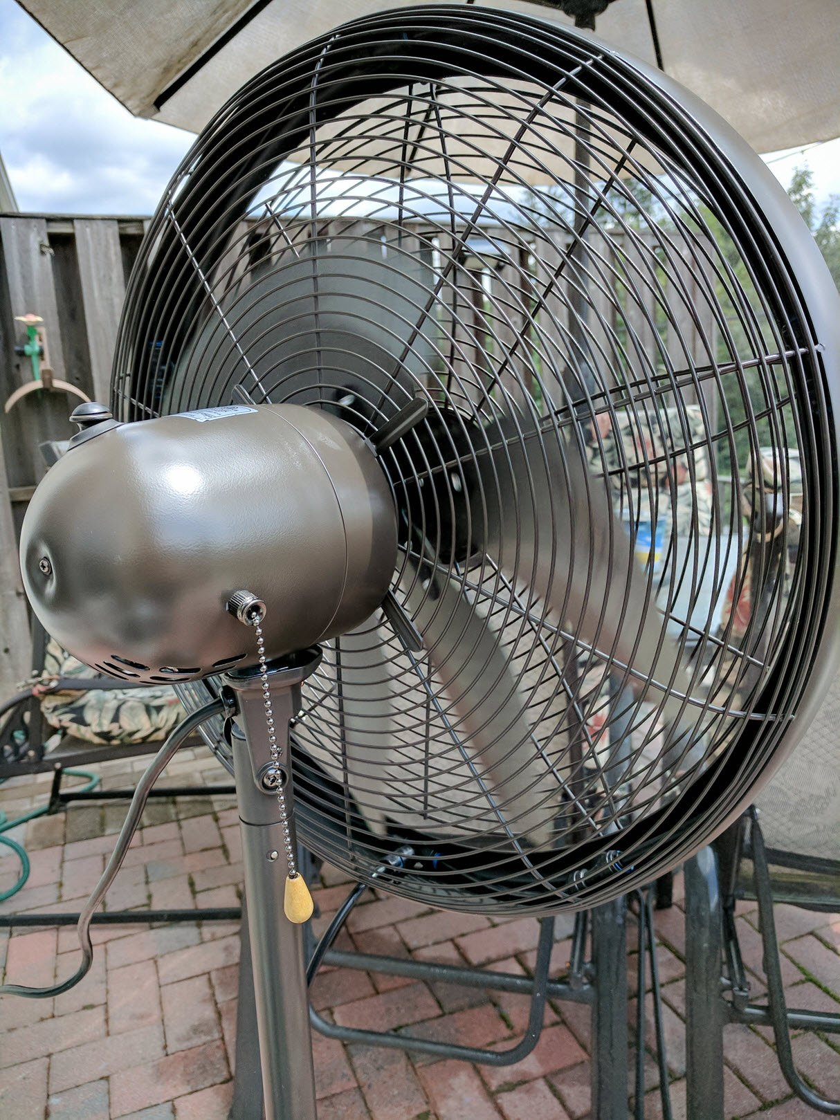 Cool Water Misting Fans : Stay cool outdoors with the newair outdoor misting fan