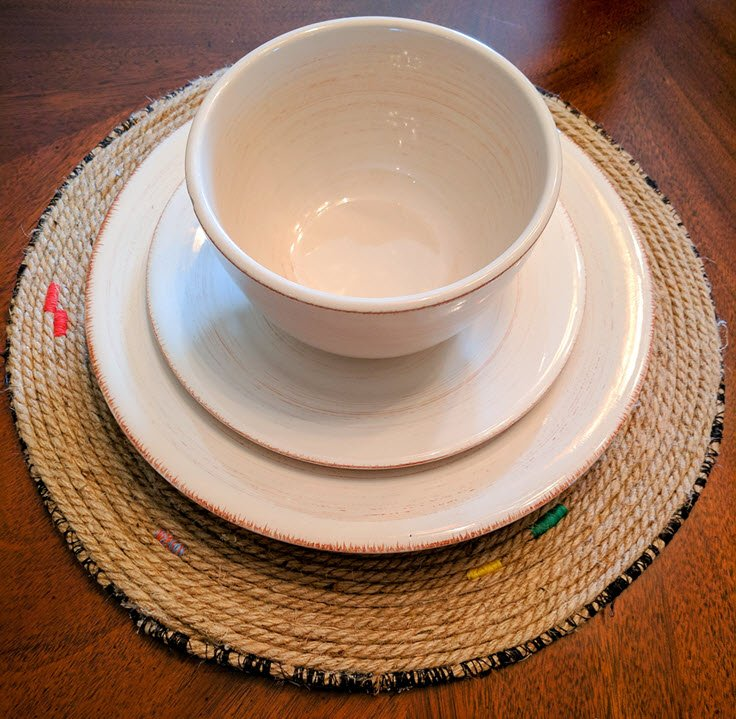 How To Easily Create Beautiful Jute Placemats And Chargers