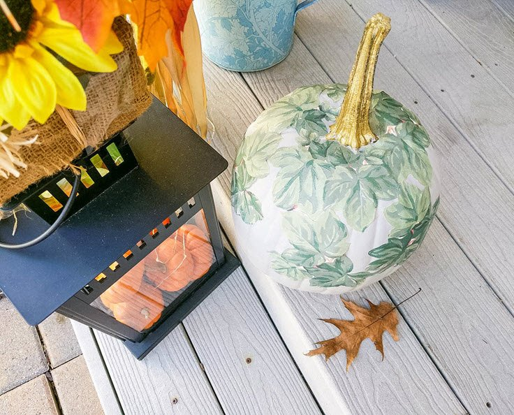 How To Make A Beautiful Decoupage Painted Pumpkin