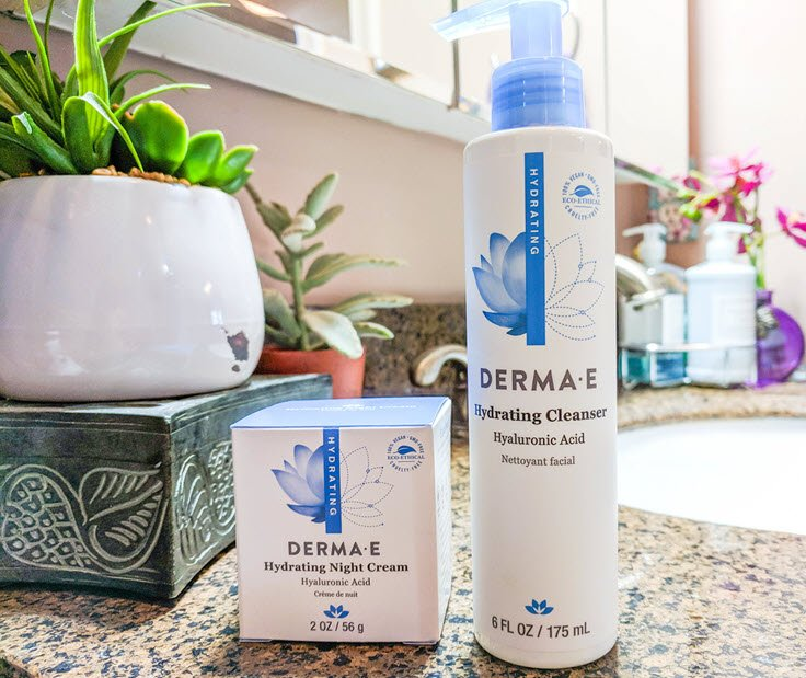 How To Keep Your Skin Clean And Moisturized With Derma E Hyaluronic Acid Skincare