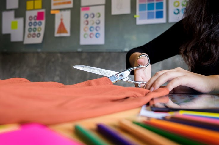 3 Important Things You Need To Know About Buying Fabric Apparel