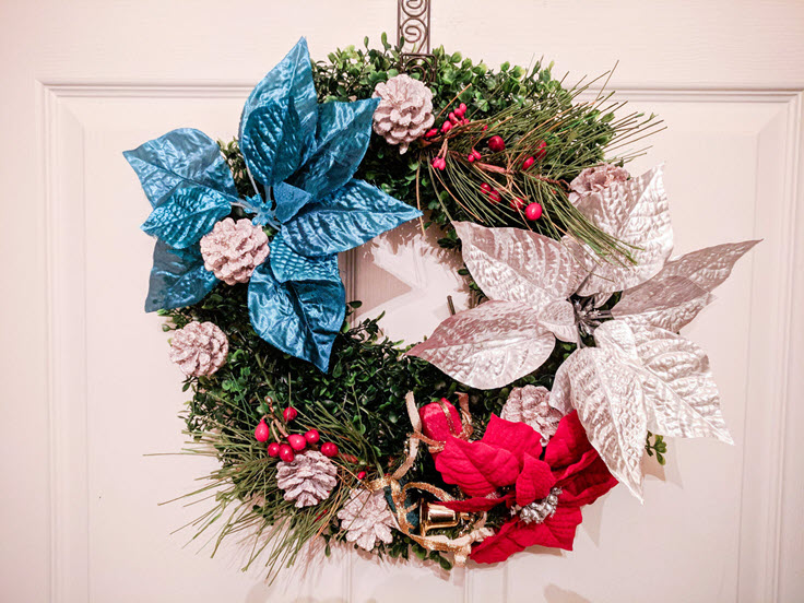 How To Easily Make A Beautiful Patriotic Christmas Wreath
