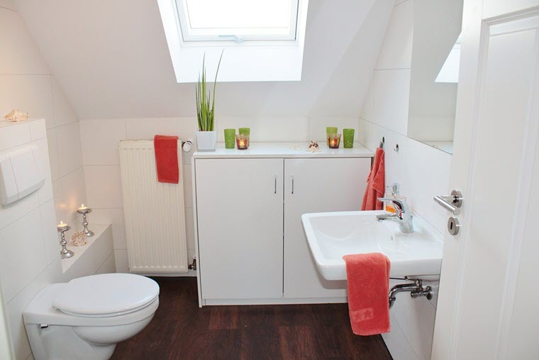 Helpful Ideas to Making a Tiny Bathroom Look Bigger