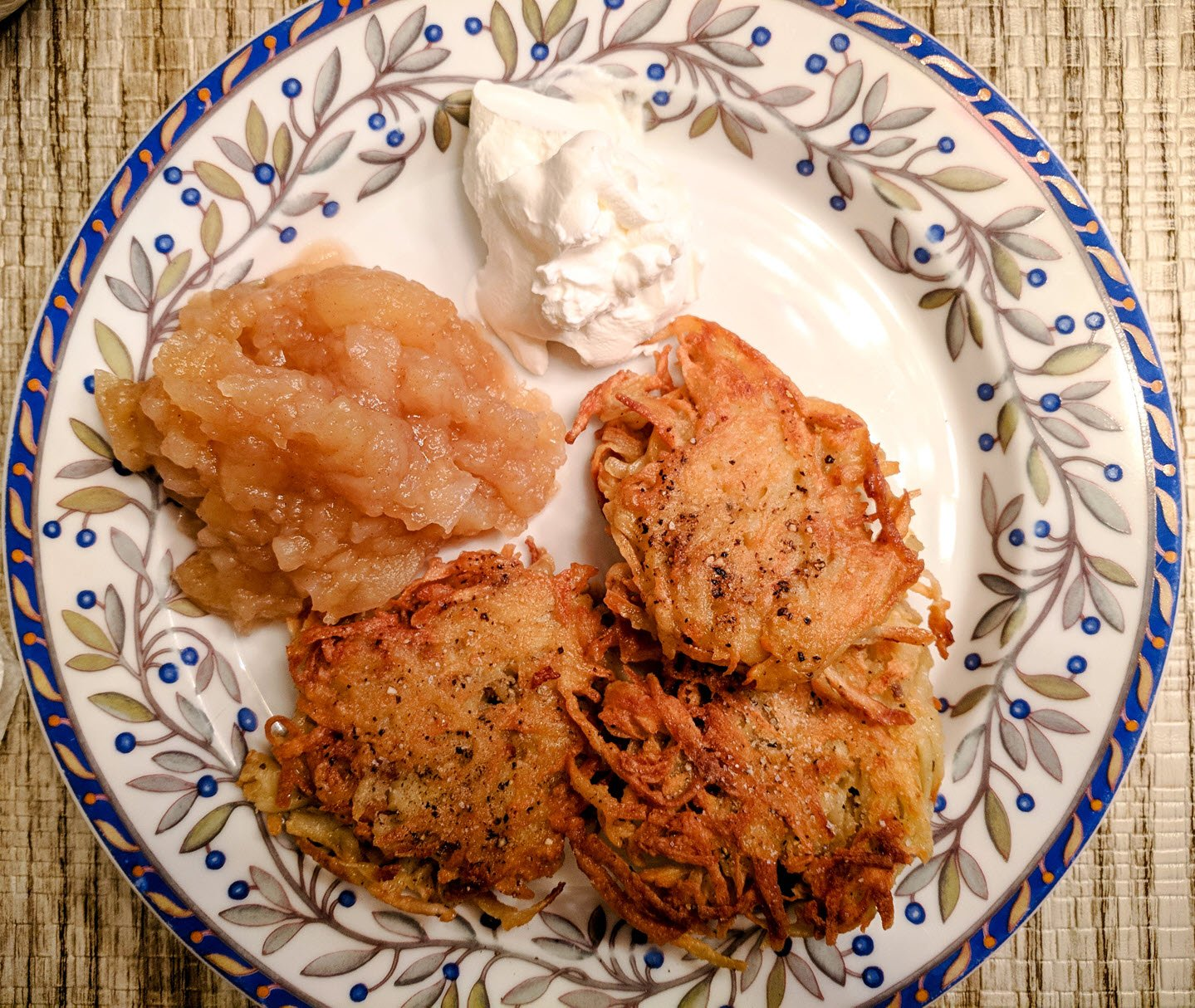 Homemade Applesauce With Potato Latkes