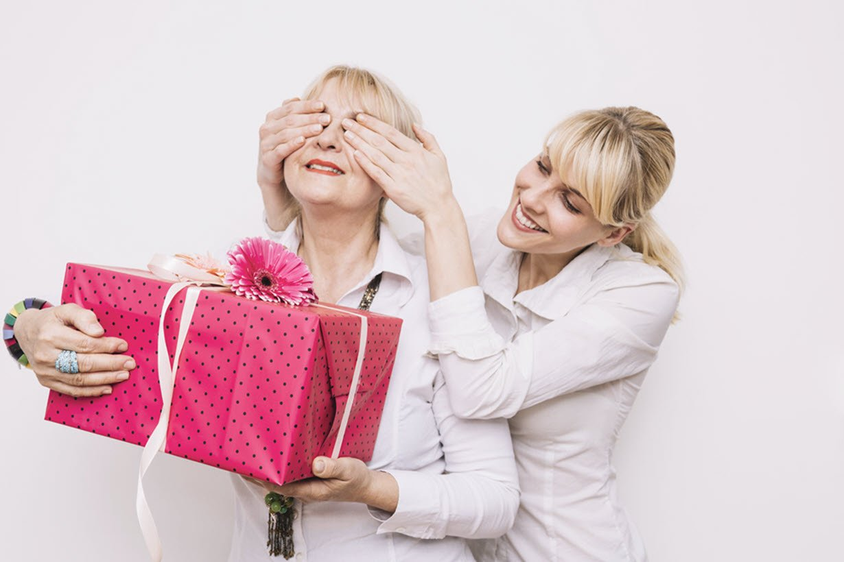 6 Unique Gifts For Mom She Will Love And Cherish