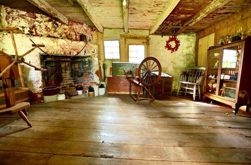 oldest log cabin historic home