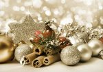 How To Easily Create Beautiful Christmas Ornaments