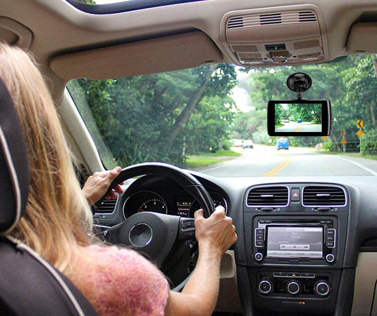 Why You Need A Dashboard Camera In Your Car – Review & Unboxing