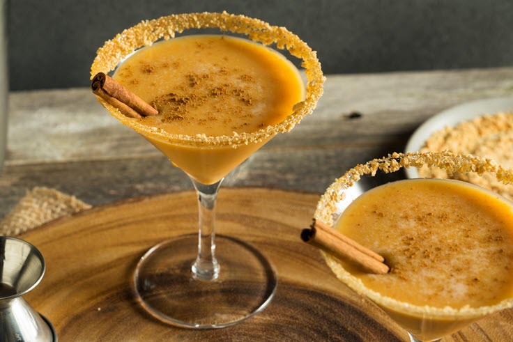 4 Easy Fall Cocktails That Will Make You Say YUM