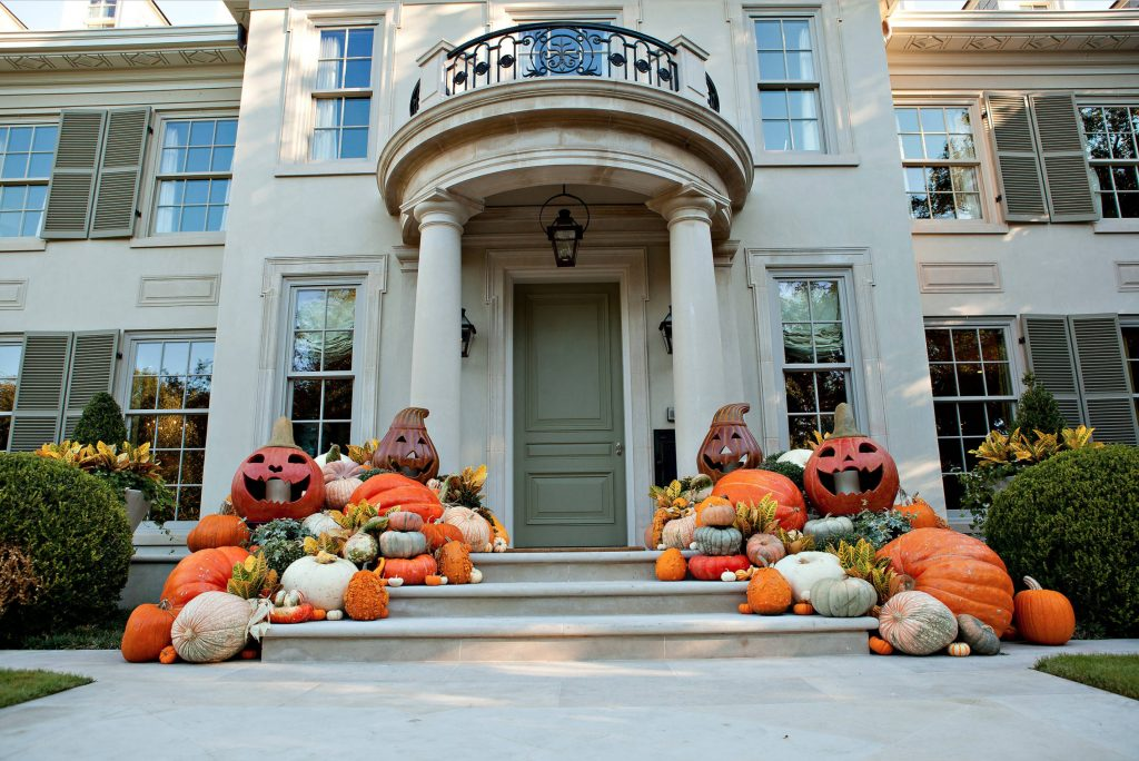 3 Tips For Easy Fall Porch Decorating — Household Hacks And Tips