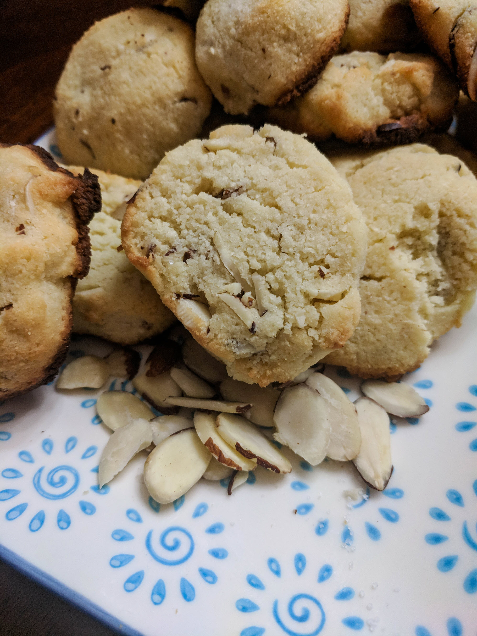 Low Carb Keto Almond Shortbread Cookies