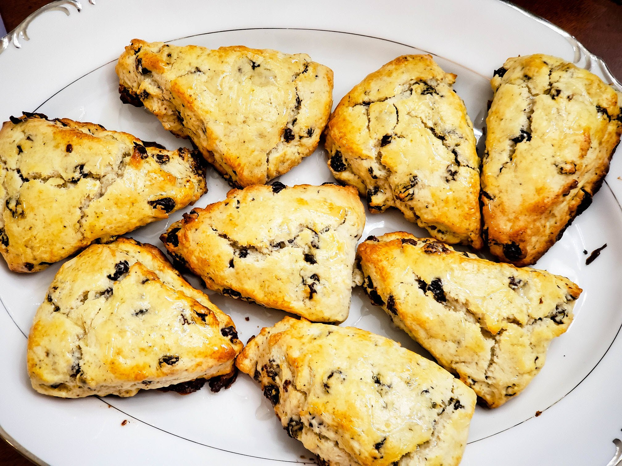 Earl Grey Raisin Scones with Vanilla Glaze – Delicious Comfort Food!