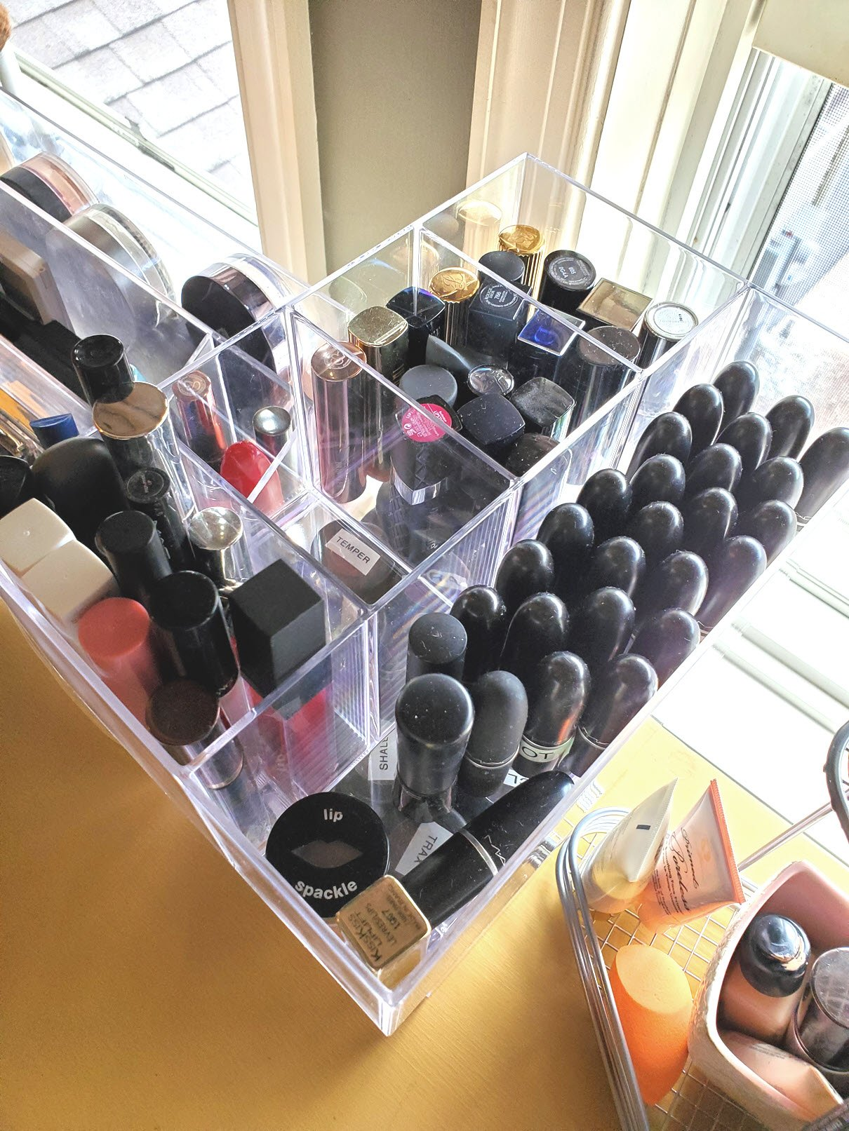 lipstick makeup storage