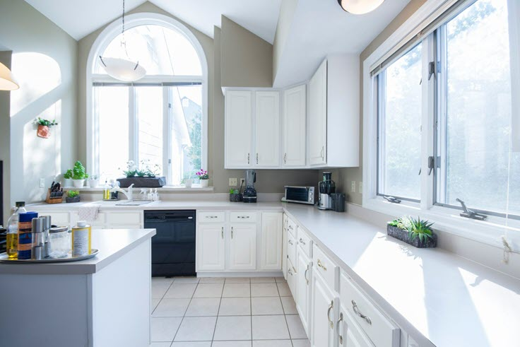 How To Easily Choose A Kitchen Paint Color You'll Love