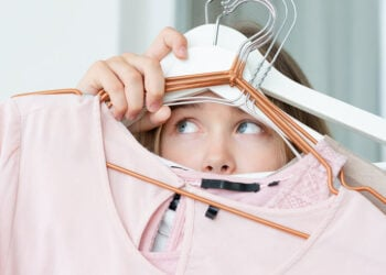 10 Solutions For Storing Off-Season Clothes You Need To Know 1