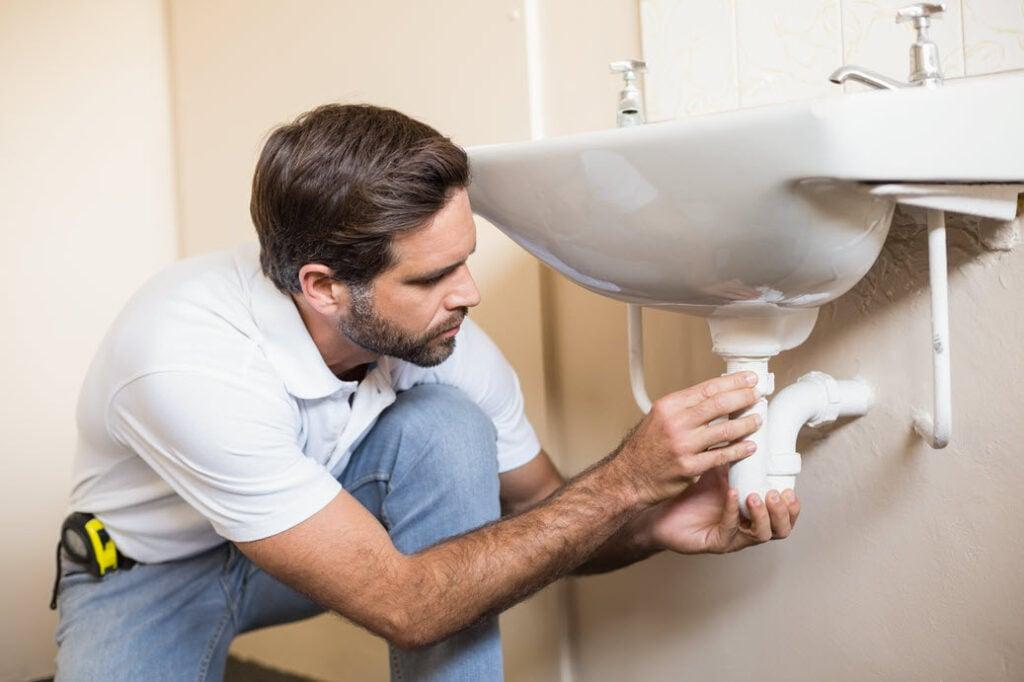 bathroom repairs