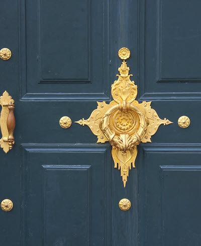 Door Knockers entryway