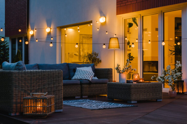How To Make Your Backyard A Comfortable Cozy Retreat