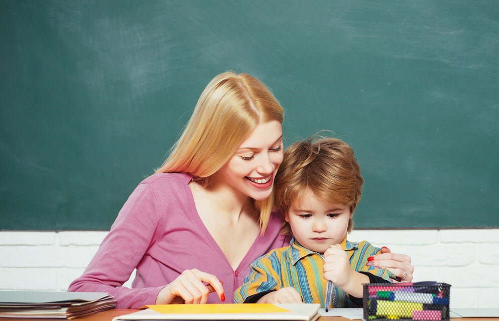 7 Effective Tips To Boost Your Child's Communication Skills