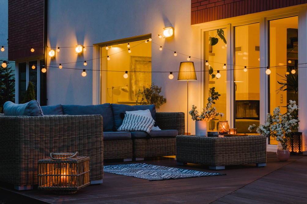3 Easy Outdoor Lighting Ideas To Beautify Your Patio