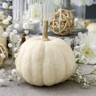 10 Fall Decor Ideas For A Perfectly Beautiful Autumn FEATURED