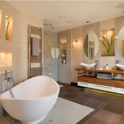 10 Upscale Luxurious Bathrooms - Inspiring Decorating Ideas featured