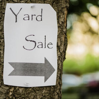 4 Savvy Tips to Help You Plan a Successful End Of Summer Yard Sale Featured