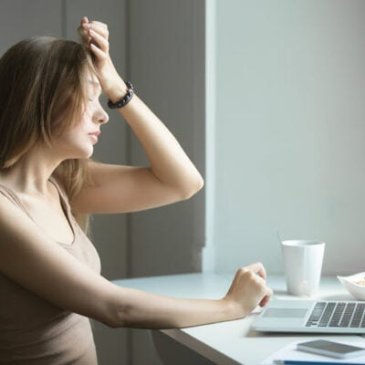 5 Practical Tips To Deal With Work-Related Anxieties FEATURED