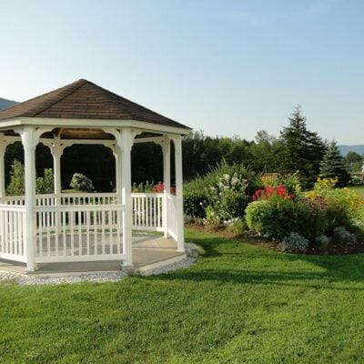 5 Reasons You Need A Gazebo In Your Garden FEATURED