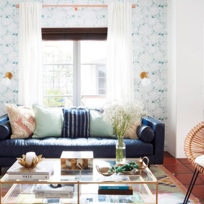 5 Styling Hacks for Your Tiny Living Room Featured