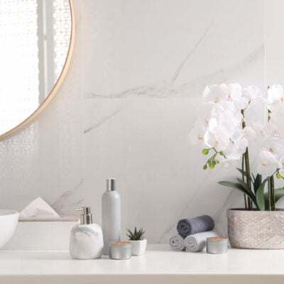 6 Affordable Bathroom Upgrade Ideas To Beautify Your Home FEATURED