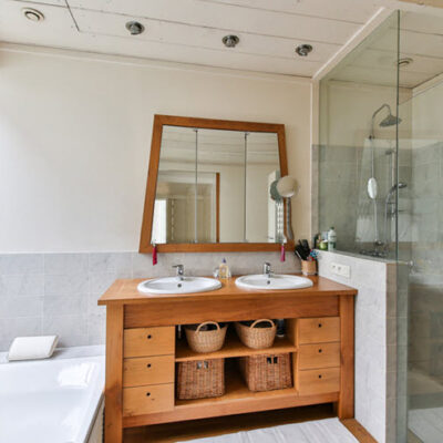 7 Easy Bathroom Upgrades You Need To See FEATURED